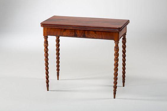 antiker Spieltisch, Mahagoni