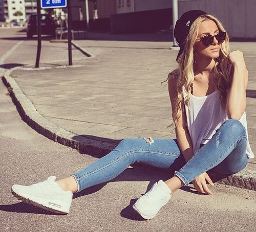 Air Max White Outfit
