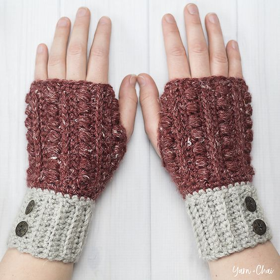 Crochet a Pair of Malia Wrist Warmers by Rebecca Langford of Little Monkeys Crochet – FREE Pattern! #crochet #freepattern