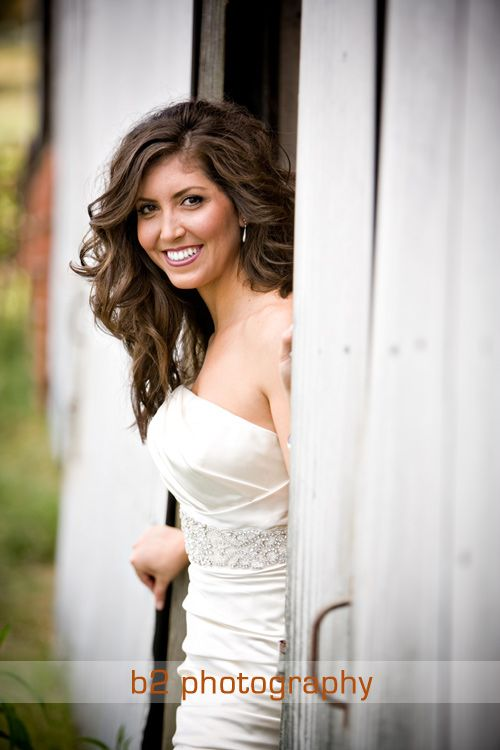 Bridal pictures Bri. Simple but pretty. Maybe standing in a barn door instead/