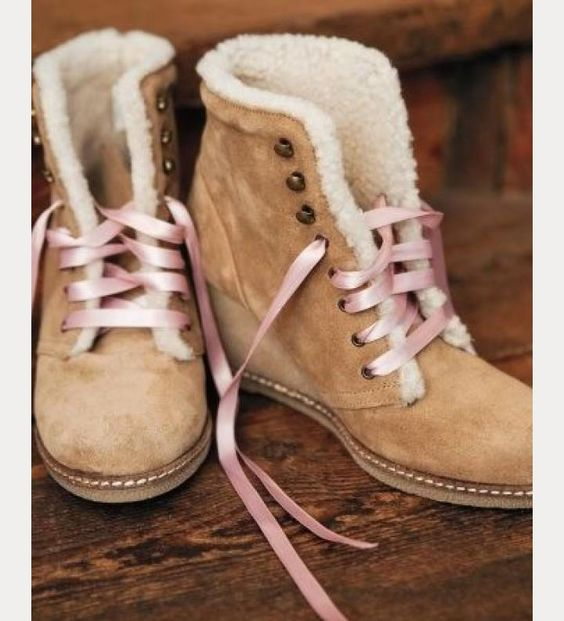 winter wedding boots with ribbon laces  ~  we ❤ this! moncheribridals.com