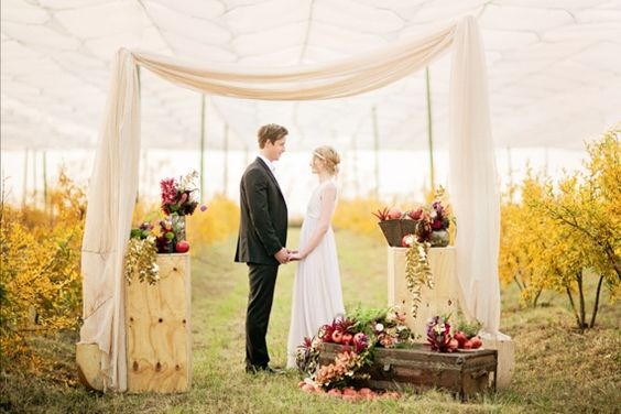 Pomegranate farm wedding inspiration | Photo by Tyme Photography | Read more - http://www.100layercake.com/blog/?p=77288 #rustic #wedding #ceremony