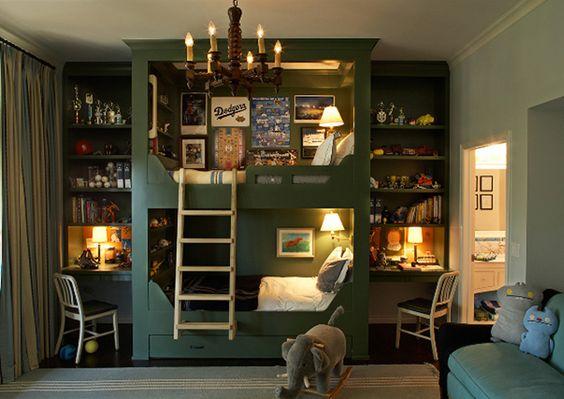 my favorite built in bunk beds-so cozy