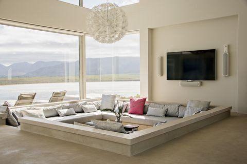 Converting A Living Room Into A Bedroom Beautiful Living Room Vs Family Room Difference Between Li Desain Interior Ruang Tamu Ruang Keluarga Mewah Desain Kamar