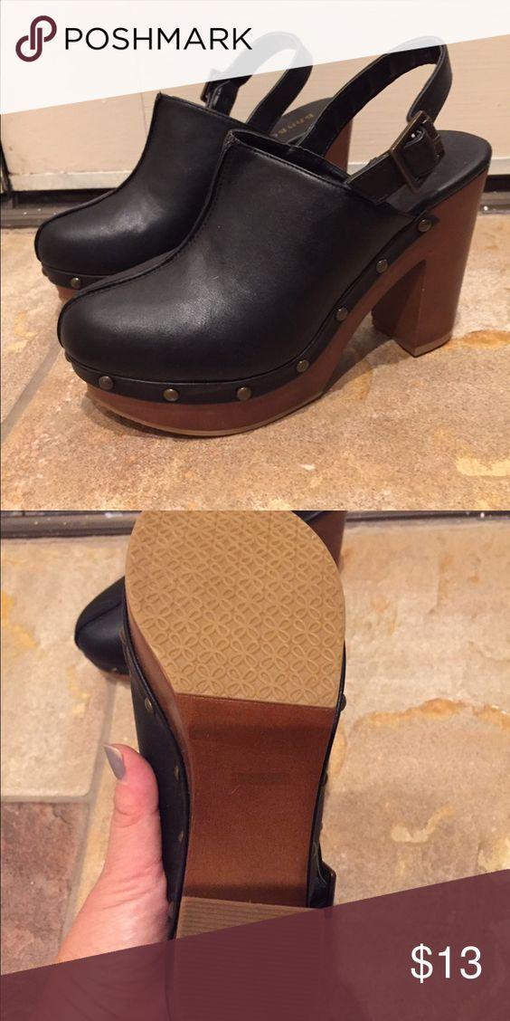 New black faux leather platform mule clogs BAMBOO New black faux leather platform mule clogs BAMBOO Bamboo Shoes Mules & Clogs