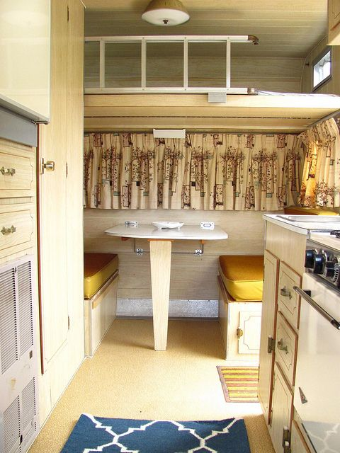 1966 winnebago travel trailer loft above table or desk for Rv with loft