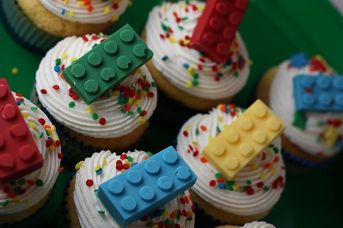 Lego Cupcakes!  I've got the silicone molds for these too!! #LegoDuploParty