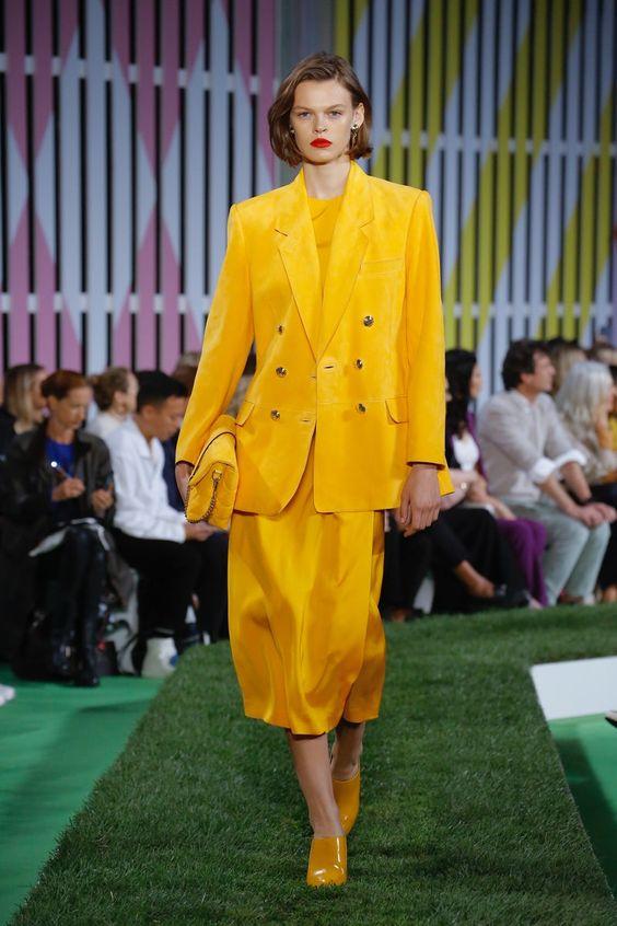 Go Yellow!// Escada | Ready-to-Wear - Spring 2019 | Look 10