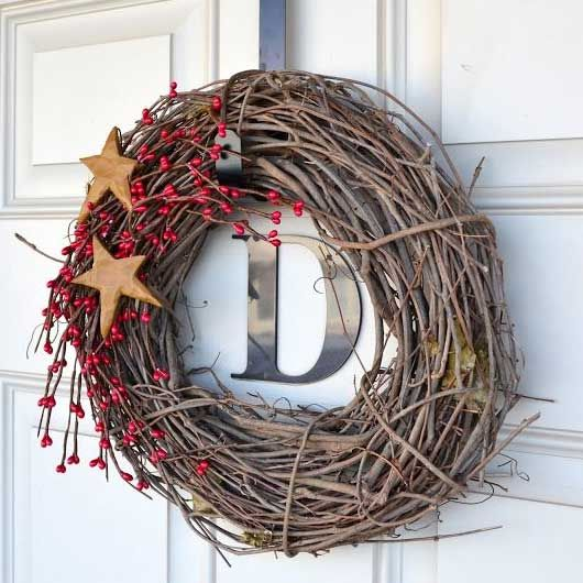 Diy christmas wreaths for front door simple holiday twig for Diy twig decor