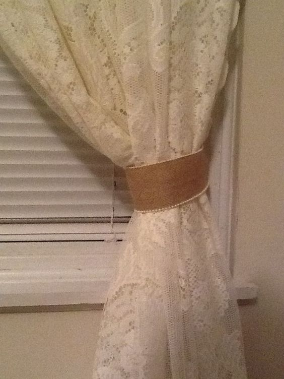 Decorating with Burlap and Lace | Burlap and lace curtains ...