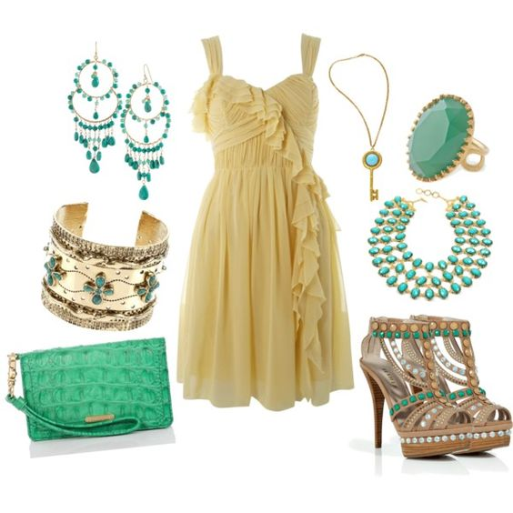 Beautiful summer dress outfit! Love it!