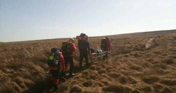 Marsden woman rescued after moorland fall as team warn walkers to be wary of weather    Read More http://www.examiner.co.uk/news/local-west-yorkshire-news/2012/04/03/marsden-woman-rescued-after-moorland-fall-as-team-warn-walkers-to-be-wry-of-weather-86081-30679890/#ixzz1qznPtOV4