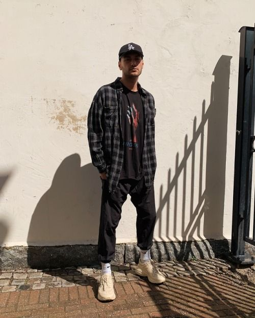 Robinsebastians in a distressed flannel shirt from Love For C/O Men's  fashion inspiration outfit … | Mens fashion casual, Urban street style,  Summer fashion outfits