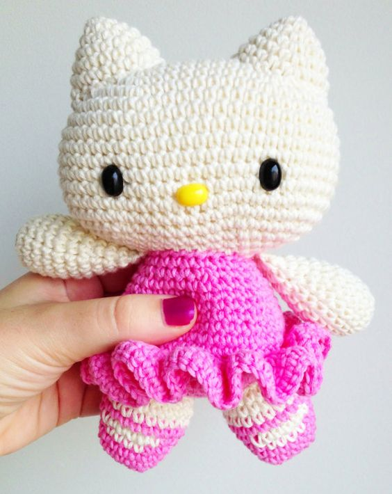 Kitty crochet plush, Kitty amigurumi, Hello kitty stuffed ...