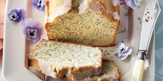 Lemon and Poppy Seed Almond Cake: