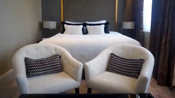 Take a look inside Flemings Mayfair Hotel with this new Small Luxury Hotels of the World video #Luxury #Hotel #Suites #Apartments #Mayfair