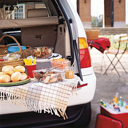 25 Tailgating Menus.    Enjoy game-day fare with fellow football fans.