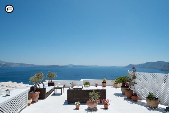 Blog post about Santorini visit - Oia - fifoto photography.