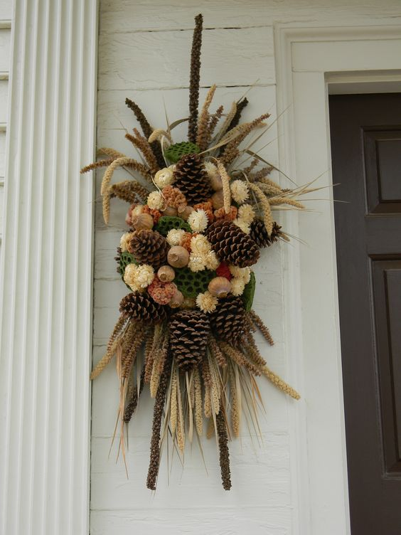 Colonial williamsburg colonial and christmas wreaths on for Williamsburg craft house catalog