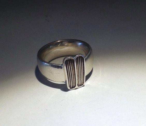 Wunderschöner Ring für #BMW02 Fans. Handgefertigt in der Goldlackschmiede #ichmagdas