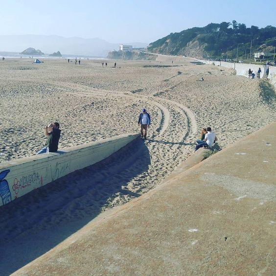 Friday evening run  #weekend #memorialdayweekend #allianzworldrun #gettinginshape  #running#beachrun #cali #sanfran #oceanbeach  #wiesniscoming. #munich by the_marzl