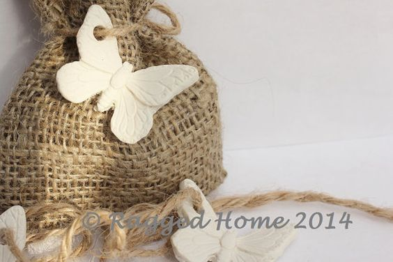100 x Burlap Hessian Rustic Wedding Favour Bags and by RaggedHome, £150.00