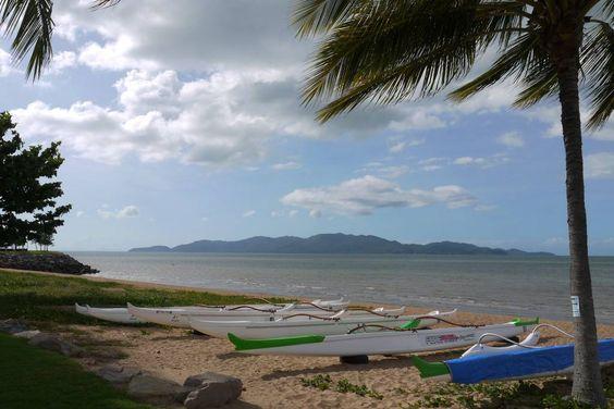 Beach in Townsville, Australia www.parkmyvan.com.au #ParkMyVan #Australia #Travel #RoadTrip #Backpacking #VanHire #CaravanHire
