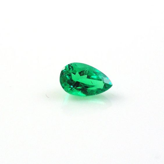 COLOMBIAN EMERALD SALE Natural Colombian Emerald by BestinGems