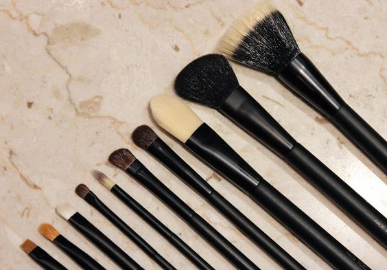 Lily Pebbles: INTRODUCING KIKO ADVANCED BRUSHES