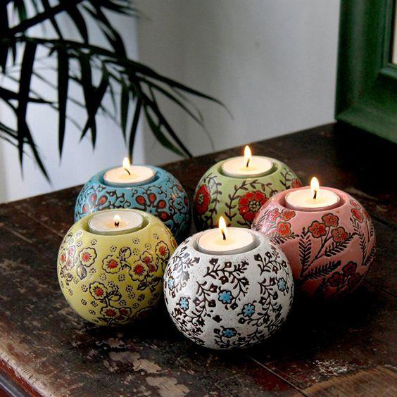 Teelicht-Halter aus Keramik, Höhe: 7,5 cm, Durchmesser: 9 cm