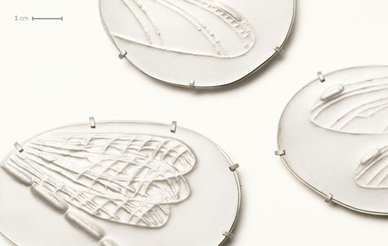 Gabriele Hinze Silber - engraved brooches