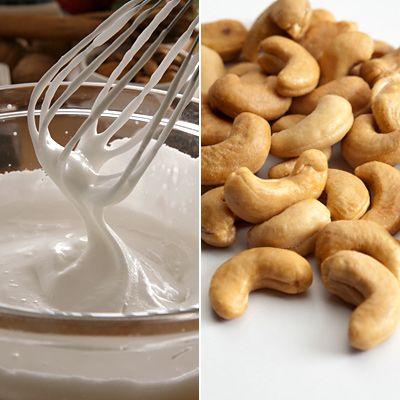 Utilisez noix de cajou à épaissir les soupes et les sauces à la place d'une crème épaisse. Découvrez comment.