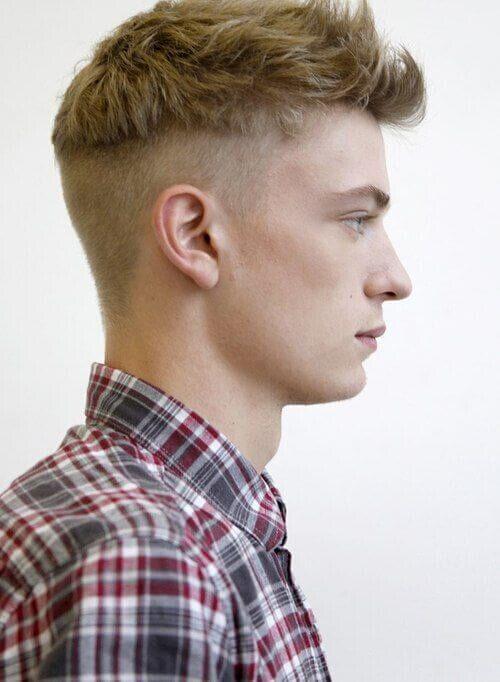 60 Erstaunlich Low Fade Haarschnitt Fur Manner 2018 Haarschnitt Manner Hinterschnittene Manner Haarschnitt