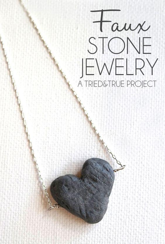 Bijoux pierre de Faux Fait avec de la pâte polymère