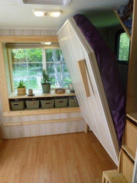 Excellent space saving for an extra bed.  Why not allow for an entryway, but put a Murphy bed in there to pull down for visitors?