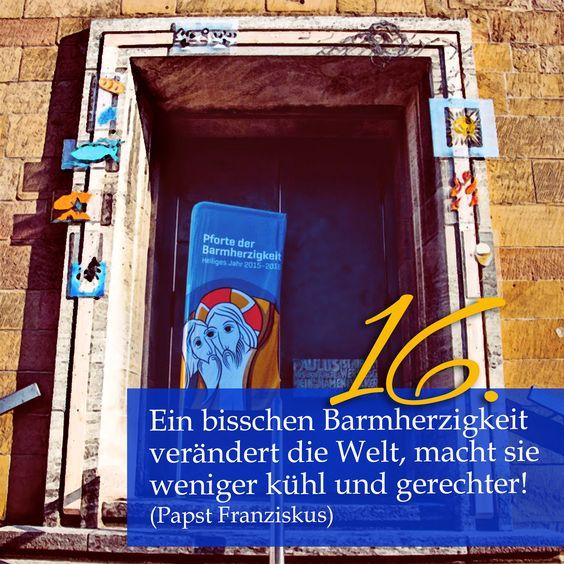 Zitat zum Advent von Papst Franziskus, Kirchentüre:  St Peter und Paul Heilbronn in Baden-Württemberg