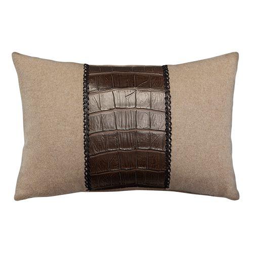 de Le Cuona | The Voyager Cushion – Brown/Camel