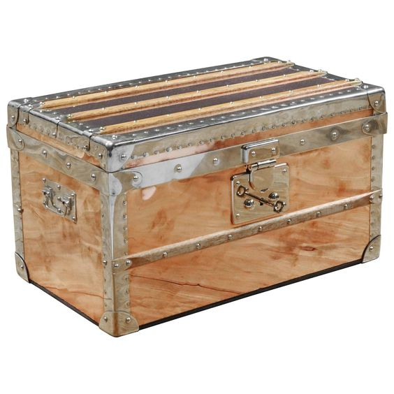 2016 Small Trunk in Copper and Brass, Malle Cuivre Piece Unique   From a unique collection of antique and modern trunks and luggage at https://www.1stdibs.com/furniture/more-furniture-collectibles/trunks-luggage/