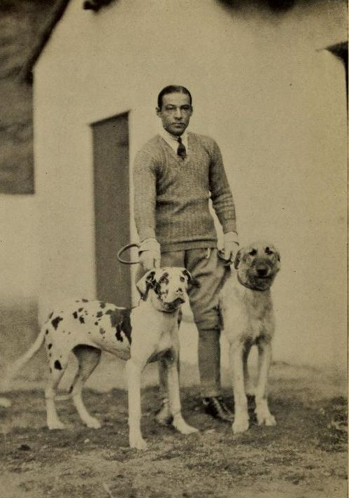 Rudolph Valentino and his dogs:
