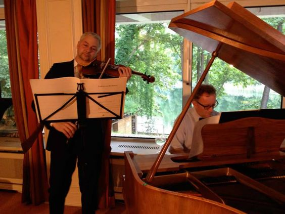 Stefan Kölsch (Geige), Martin Uhmann (Klavier)
