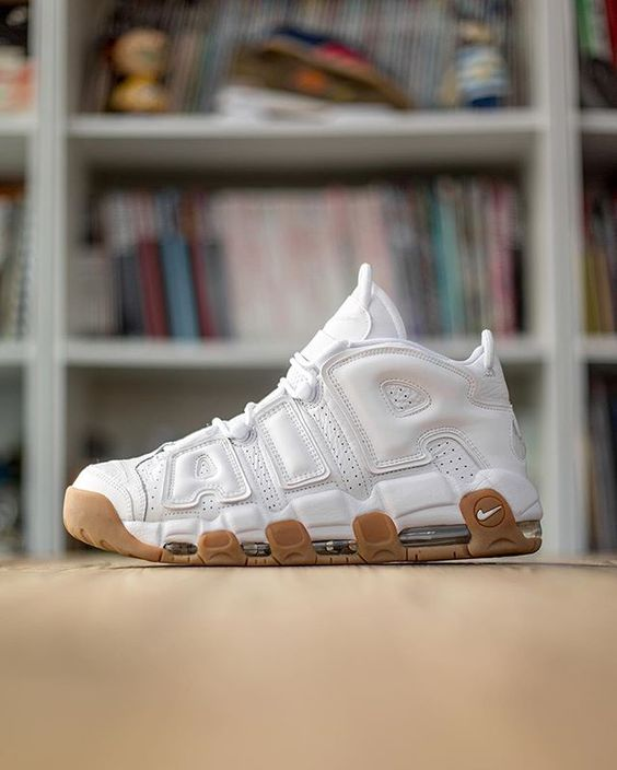 The @nikesportswear Air More Uptempo White/Gum launches online this Saturday (6th August) at 8:00am via a direct link on our Twitter page and in selected size? stores from their respective opening times, priced at £140 - #sizeHQ
