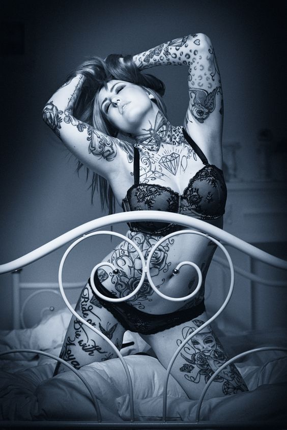 Tattooed Lady von beckstef