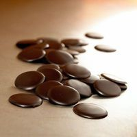 Santa Barbara Chocolate is a California chocolate factory that supplies bulk wholesale chocolate chips, makes organic chocolate couverture, dips gourmet chocolate truffles and imports Belgian baking chocolate. https://www.santabarbarachocolate.com/