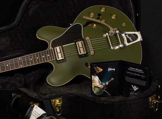 Gibson - ChrisCornell - ES335