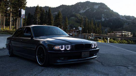 BMW (E38) 750iL