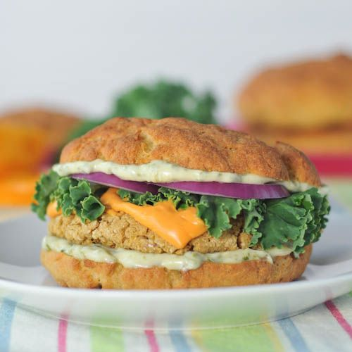 These White-Bean Quinoa Burgers with Basil Aioli are a super-snazzy remix of the classic veggie burger!
