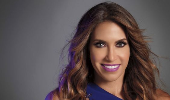 A Moment with Urban Decay's Wende Zomnir - Daily Front Row - http://fashionweekdaily.com/urban-decay-wende-zomnir/#utm_sguid=153444,98461739-cf94-4a4a-510c-ccf3236d43f4