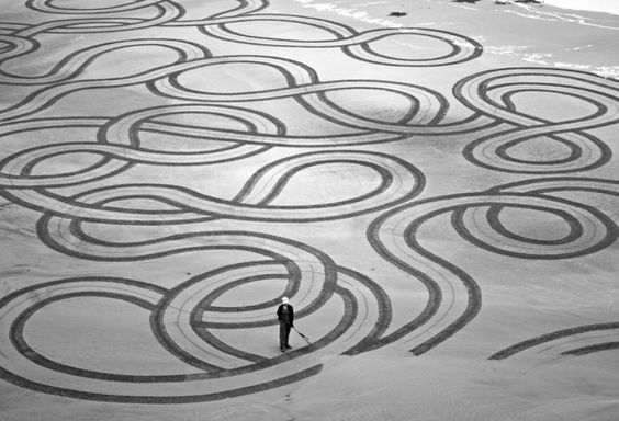 Andres Amador sand sculpture