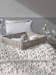... dessus de lit en laine