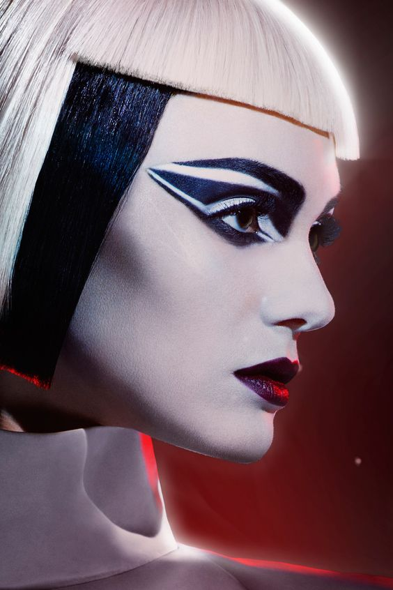 Max Factor Teams Up With Star Wars: The Force Awakens (Vogue.co.uk)
